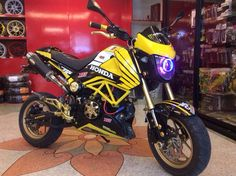 Grom Bike, Honda Grom, Boy Toys, Toys For Boys, Pit Bike, Cars And Motorcycles, Racing, Lifestyle, Running