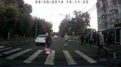 Опасное неуважение к пешеходам.