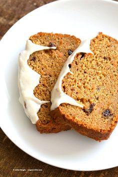 Vegan Carrot Cake Recipe. Vegan Carrot Cake Quick bread loaf with Cashew Cream Frosting. Moist, spiced, full of carrots. Low oil. Soyfree Palmoil-free | VeganRicha.com