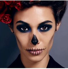 Looking for Cute & Lovely Halloween makeup? For the Cute Halloween Makeup, you've got to keep a few things in mind. Halloween Makeup can never be over the top. Unique Halloween Makeup, Scary Halloween, Halloween Jelly, Halloween Stuff, Vintage Halloween, Halloween Costumes, Kids Makeup, Cat Makeup, Makeup Ideas