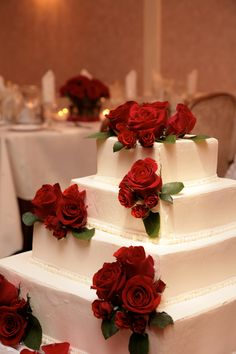 Impress your guests with a cake like this at your wedding at the Cortlandt Colonial Manor. Learn more about the creatively elegant weddings we host at www.CortlandtColonial.com