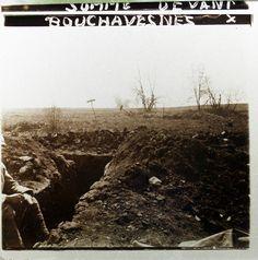 WW1, 1916 Battle of the Somme; in front of Bouchavesnes. A soldier of an unknown… WW1 1916 Bataille de la Somme; en face de Bouchavesnes. Un soldat , un inconnu ...