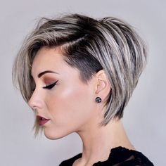 Short Layered Hair Style - 60 Classy Short Haircuts and Hairstyles for Thick Hair - The Trending Hairstyle Girls Short Haircuts, Short Hairstyles For Women, Layered Hairstyles, Trending Hairstyles, Girls Shaved Hairstyles, Short Undercut Hairstyles, Edgy Bob Haircuts, Spring Hairstyles, Black Hairstyles