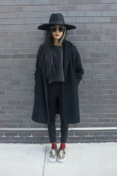 black on black on black and snakeskin slip-ons. LOVE THIS OUTFIT!! <3