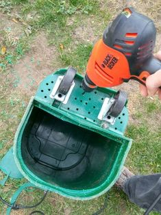 Back Yard Dog Poo Compost Septic Tank : 5 Steps (with Pictures) - Instructables Dog Friendly Backyard, Dog Backyard, Cat Care Tips, Dog Care, Pet Tips, Puppy Care, Diy Dog Run, Foods Dogs Can Eat, Dog Kennel Designs