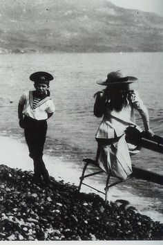 Alexei and Anastasia, Livadia, 1912