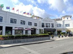 Rose of Tralee flags Top Hotels, 4 Star Hotels, Golf Specials, Hotel Breaks, National Rail, Why Book, Hotel Staff, Door Steps, Flags