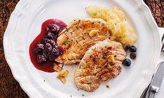 Receita de bifanas no prato com puré de pêra, diferente e fácil de preparar. Substitua o pão pelo prato e tenha uma refeição saborosa e irresistível.