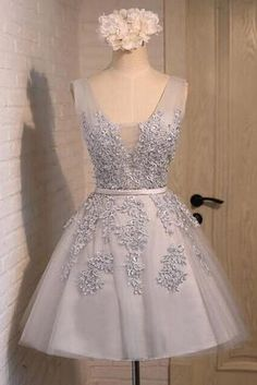 Light grey tulle V-neck lace applqiues short prom dress, party dress