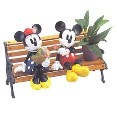 Disney Planter Stand: Mickey  Minnie Mouse  #toys #mickeymouse
