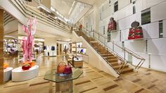 Let's Shop at Louis Vuitton Los Angeles by Architect Peter Marino!