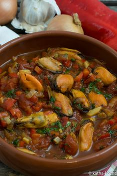 Tapas - mussels in garlic and tomato sauce - Katha cooks!- Tapas – Muscheln in Knoblauch-Tomatensauce – Katha-kocht! Tapas – mussels in garlic and tomato sauce - Mexican Shrimp Cocktail, Mexican Shrimp Recipes, Cajun Shrimp Recipes, Shrimp Recipes For Dinner, Tapas Recipes, Shellfish Recipes, Seafood Recipes, Soup Recipes, Garlic Mussels