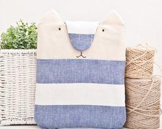 Laptop-Tasche, ipad Hülle, Katze, weiß, blau von JuliaWine auf DaWanda.com, 33,00