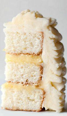 Lemon Layer Cake with lemon filling & swiss buttercream frosting <3