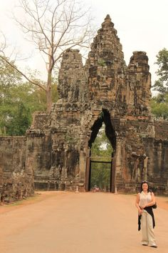Thailand and Cambodia 2012   #Viaturistas #Viatur #Viaturista #toursenespanol    Visita esta ciudad con la ayuda de ToursEnEspanol.com   
