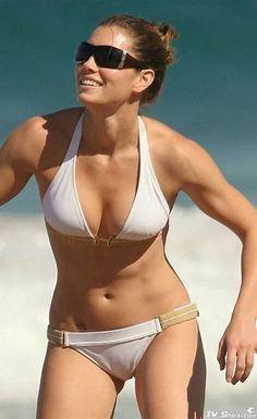 Résultat d'images pour Jessica Biel Bikini Amanda Righetti, Jessica Biel Bikini, Jessica Alba, Jessica Simpson Bikini, Bikini Pictures, Bikini Photos, Hot Bikini, Bikini Girls, Jesica Biel