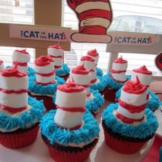 Cat in the Hat cupcakes!