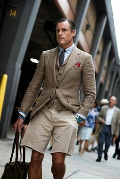Meet John Wrazej, Senior VP Menswear at Ralph Lauren. Preppy Mens Fashion, Mens Boots Fashion, Mens Fashion Suits, Gentleman Mode, Gentleman Style, True Gentleman, Ralph Lauren, Men Style Tips, Stylish Men