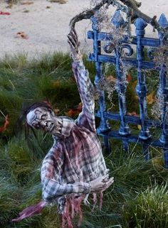 ideas inspirations halloween decorations halloween decor halloween outdoor decorations - Diy Halloween Outdoor Decorations