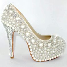 My wedding shoes. In love <3