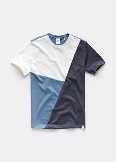 Boys T Shirts, Cool Shirts, Tee Shirts, Shirt Print Design, Tee Shirt Designs, Vintage Mens T Shirts, Dope Outfits For Guys, Tee Shirt Homme, Kids Fashion Boy