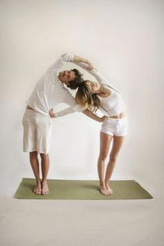 Yoga For Beginners : partner-yoga-double-sided-bend-pose Yoga For Two, Yoga Poses For Two, Couples Yoga Poses, Partner Yoga Poses, Yoga Beginners, Ashtanga Yoga, Kundalini Yoga, Learn Yoga, How To Do Yoga