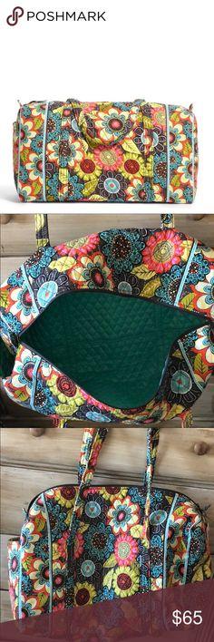 NWT Vera Bradley Large Duffel- Flower Shower! NWT Vera Bradley Large Duffel- Flower Shower! Vera Bradley Bags Travel Bags