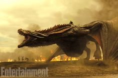 Daenerys' dragons are enormous in season 7 and ready for war in this jaw-dropping first-look battle image. / Game of Thrones Season 7: Exclusive New Photos