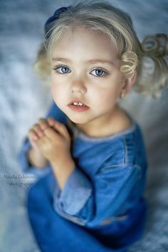 Photography by a Wedding and Children Photographer, Natalia Zakonova from Russia. This link is AMAZING! I have never seen such pretty little girls. So Cute Baby, Baby Love, Cute Kids, Cute Babies, Baby Kids, Precious Children, Beautiful Children, Beautiful Babies, Little People