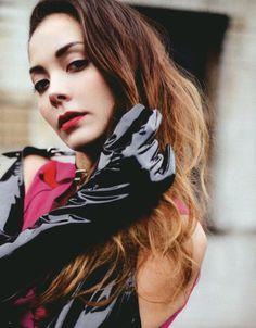 ecstasy Anna, Singer, Queens, Model, Fire, Music, Mathematical Model, Singers, Muziek
