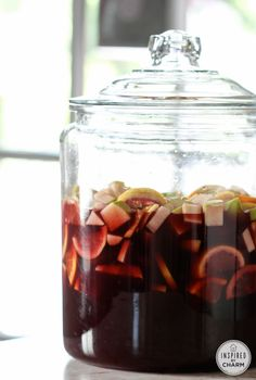 Sangria Tinto - fabulous for fall parties! Change up the fruit to include pears, grapes and pomegranate seeds to suit the season!
