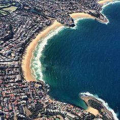 The shoreline of Sydney, Australia. Photo courtesy of 1worldtravel on Instagram.
