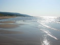 Inverness Beach in Cape Breton is a gem. Nicest beach on the island if you like to swim the water is warm.sometimes as high at Shallow water and sand bars when the tide is low. Nova Scotia, Quebec, Alaska, Places To See, Places Ive Been, Cabot Trail, Island Pictures, Cape Breton, August 26