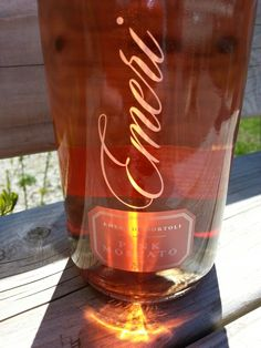 Emeri - pink moscato Pink Moscato, Wines, Alcoholic Drinks, Beer, Mugs, Bottle, Rose, Tableware, Glass