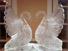 Swan Ice Sculpture for wedding