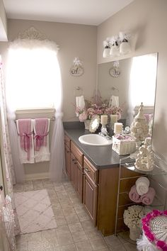 Bathroom Decor -inspirational ideas...I love how feminine it is...Hope the hubby wont mind.