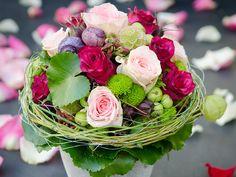 Hochzeit - für den schönsten Tag in Ihrem Leben gestalten wir stimmigen Brautschmuck, edle Tischdekorationen und liebevolle Geschenke | Blumen Sonn in Ostfildern/Nellingen