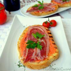 Spanish tomato toast with Serrano ham and olive oil