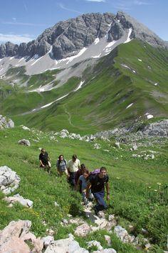 Des Wandern ist des Müllers Lust ... :) Mountains, Places, Nature, Travel, Ski, Fishing, Swim, Summer, Voyage