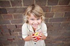 Υγιεινή διατροφή για παιδιά |  Πληροφορίες σχετικά με τα στοιχεία που είναι καλό να προσέχουμε στην διατροφή των παιδιών.
