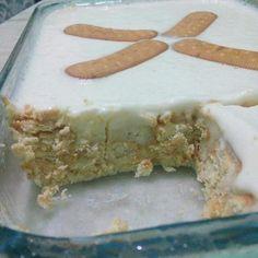 Pavê de Biscoito Feta, Desserts, Cream Cheeses, Creme, Pizza, 1, Delicious Desserts, Wafer Cookies, Puddings