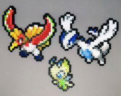 Creaciones de Pokemon perler a mano! No dude en solicitar una brillante versión de Pokemon sin cargo extra!  Estos son los tamaños: Articuno - H de 4 in x 4,75 in W Zapdos - 3,75 en H x 5,25 in W Moltres - 3,5 en H x 5 en W  Cuando haya terminado con un collar, la cadena es de plata plateado y cierra con un broche de langosta.