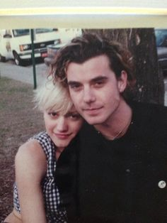 Stefani & Rossdale started dating in 1996