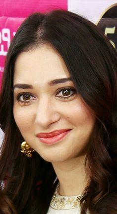 Indian Actress Photos, Indian Actresses, Tamanna Bikini, Tammana Bhatia, South Indian Sarees, Most Beautiful Indian Actress, Indian Celebrities, Deepika Padukone, India Beauty