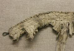 15thc/16th c collar fragment from Kempten. Linen. Photo by Marion McNealy.