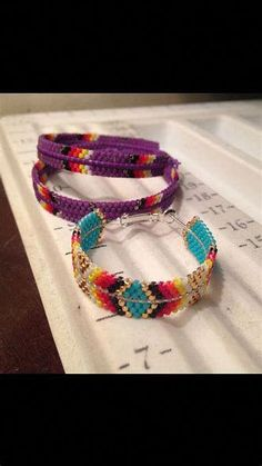 Beaded hoop earrings with bugles, delicas and seed beads - Beading Tutorial - abcconcpt