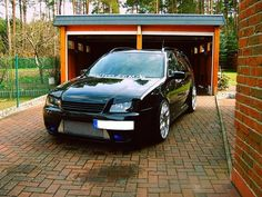 VWVortex.com - .:R32 BUB Bora Wagon
