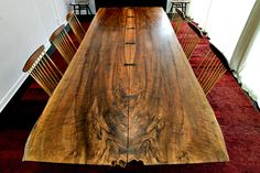 Minguren III Dining Table by George Nakashima, image 3 Wood Slab Dining Table, Table Lamp Wood, Dining Room Table, Natural Furniture, Live Edge Furniture, Live Edge Table, Live Edge Wood, Diner Table, Cool Wood Projects