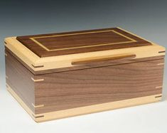 Handcrafted Jewelry Box of Walnut with Satinwood Accents Small Woodworking Projects, Cnc Projects, Wooden Projects, Woodworking Plans, Small Wood Box, Small Boxes, Wood Box Design, Jewelry Box Plans, Jewellery Box Making