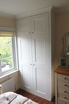 Fitted Wardrobes and other Built-in furniture best in London. We specialised in Fitted Bedrooms, Alcove Cupboards, bookshelves and other Fitted Furniture Alcove Wardrobe, Bedroom Alcove, Bedroom Built In Wardrobe, Wardrobe Design, Closet Bedroom, Bedroom Storage, Bedroom Sets, Bedroom Decor, Wardrobe Images